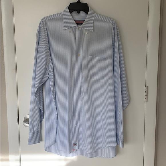 Vineyard Vines Other - Men's button down vineyard vines shirt